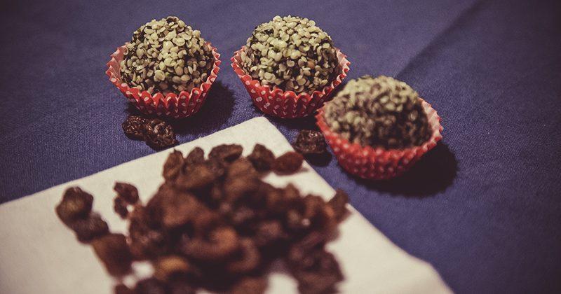 Palline canapa, uvetta e vaniglia