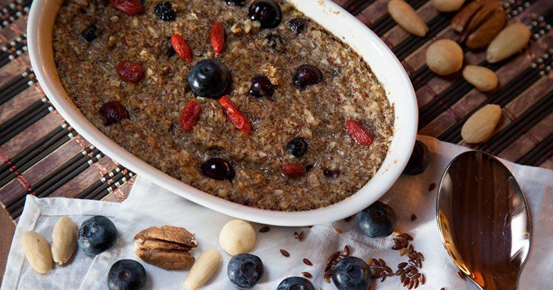 Cereali caldi al cocco e semi di lino