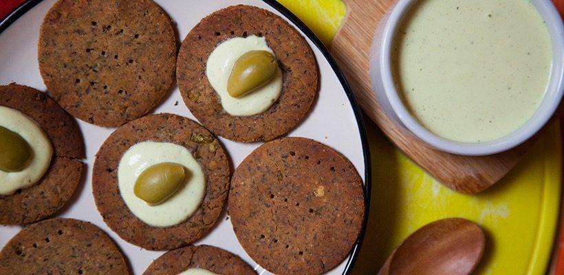 crackers di ceci e salsa di1