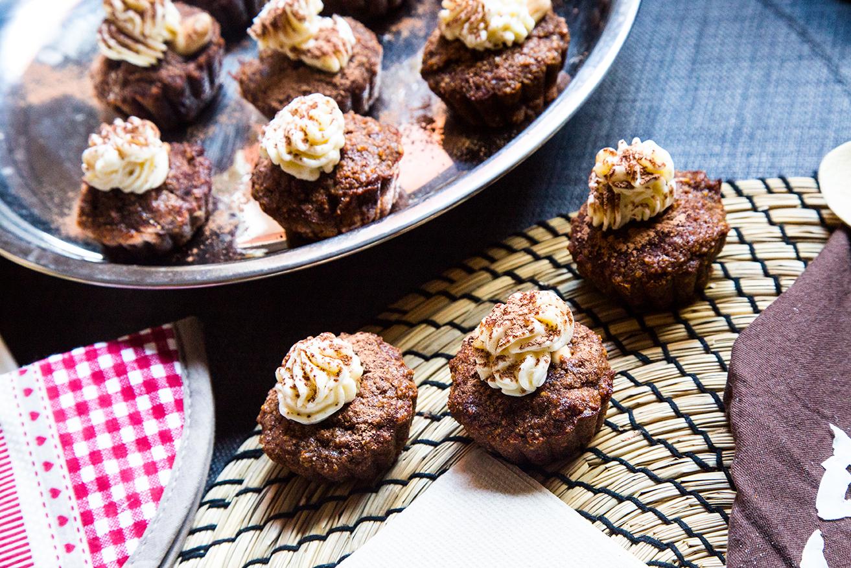 Muffin mela e cacao con mousse al limone