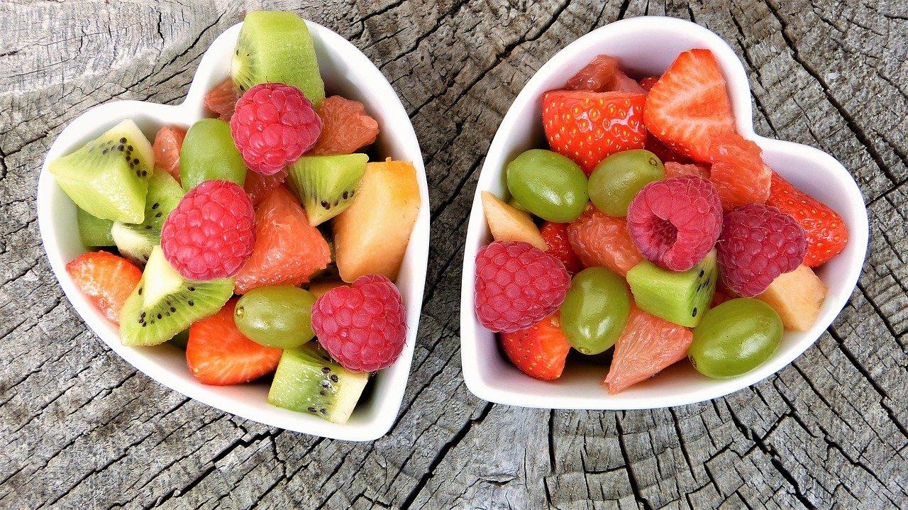 Digestione, niente frutta a fine pasto