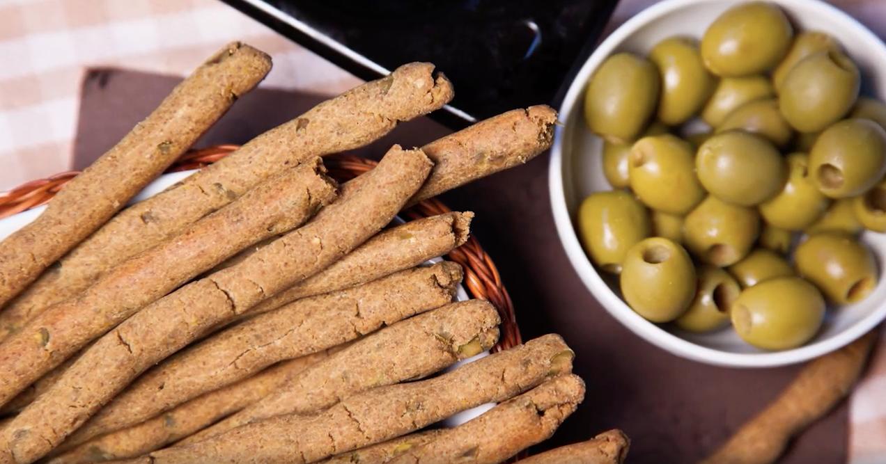Grissini di ceci e olive