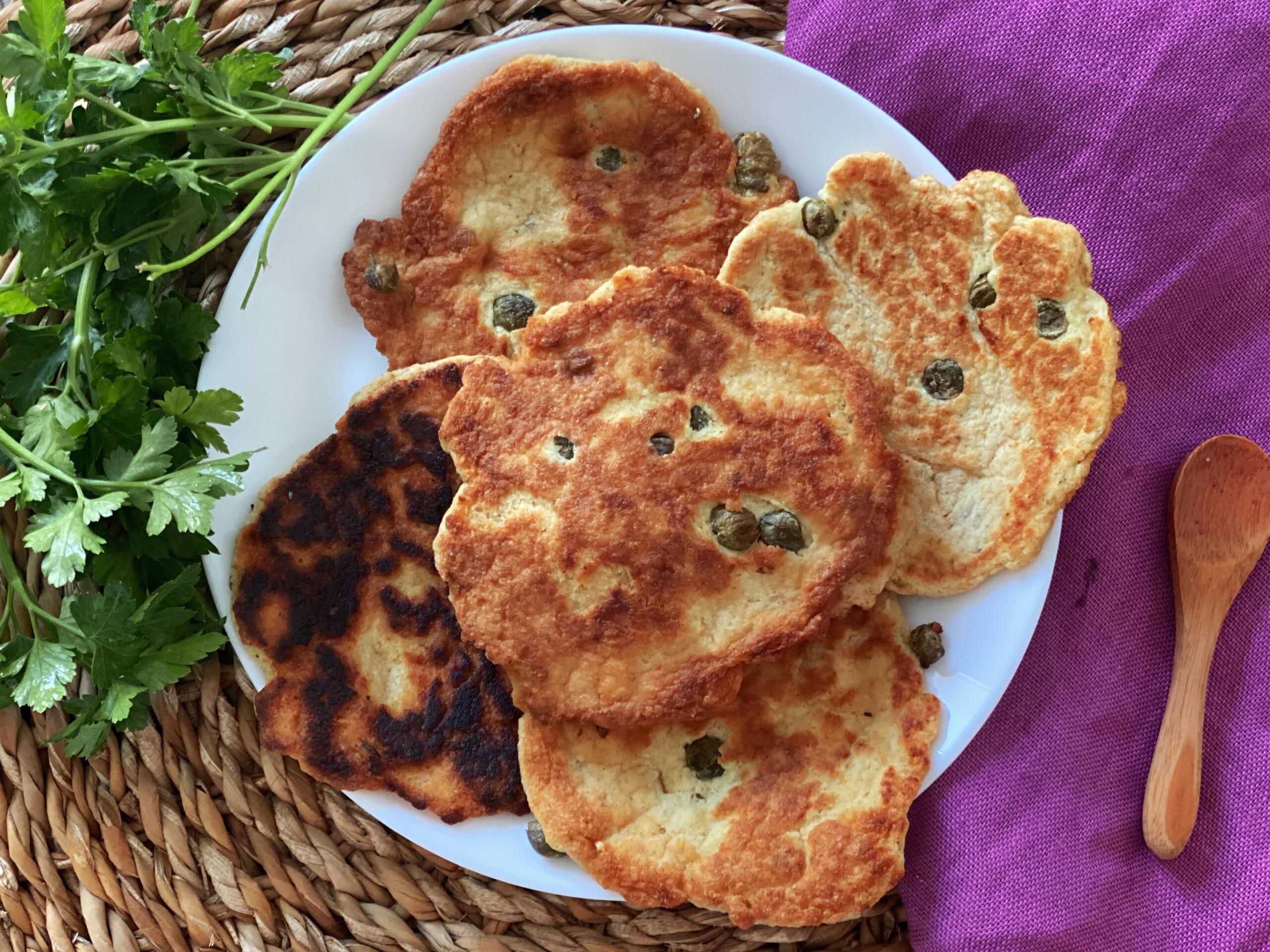 Pancakes salati ai capperi