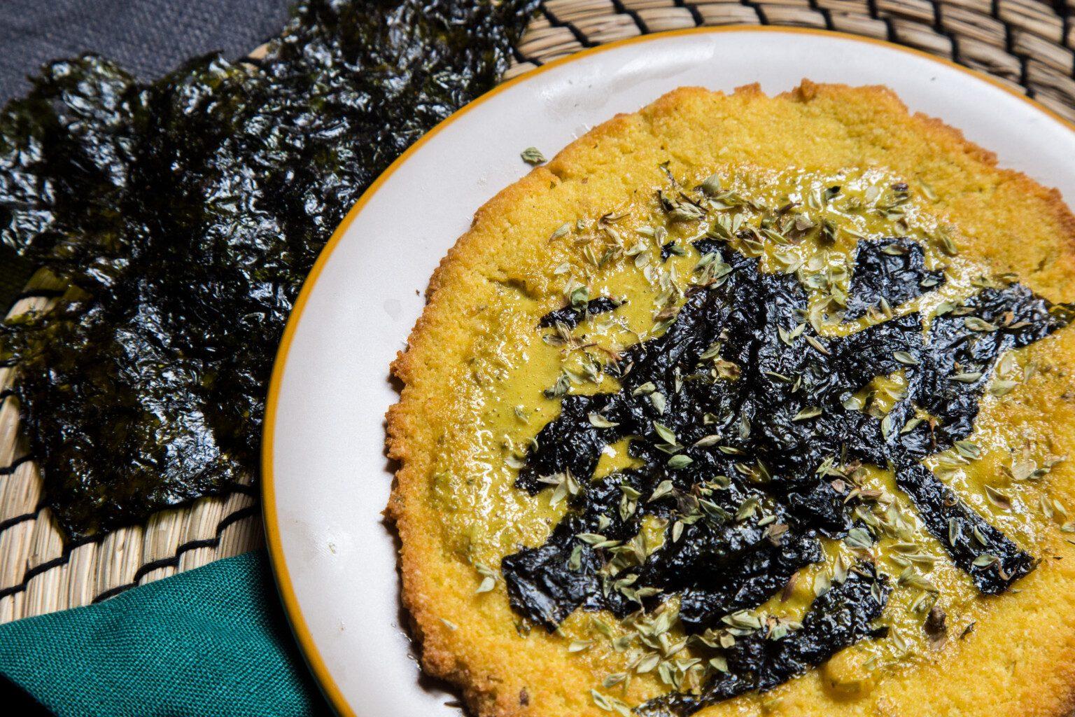 Colazione salata proteica, spianatina cocco e mandorle