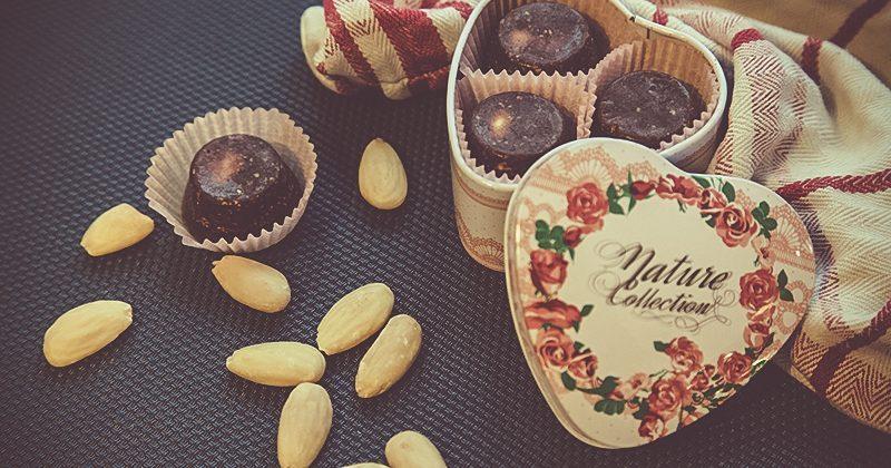 Cioccolatini mandorle e carruba