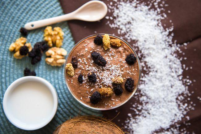 Spuntini sani, budino ai semi di chia e cacao