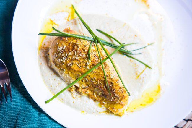 Ricette di carne, petto di pollo, senape e rosmarino