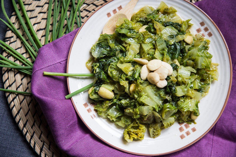 Ricette di verdure, insalata saltata alle mandorle
