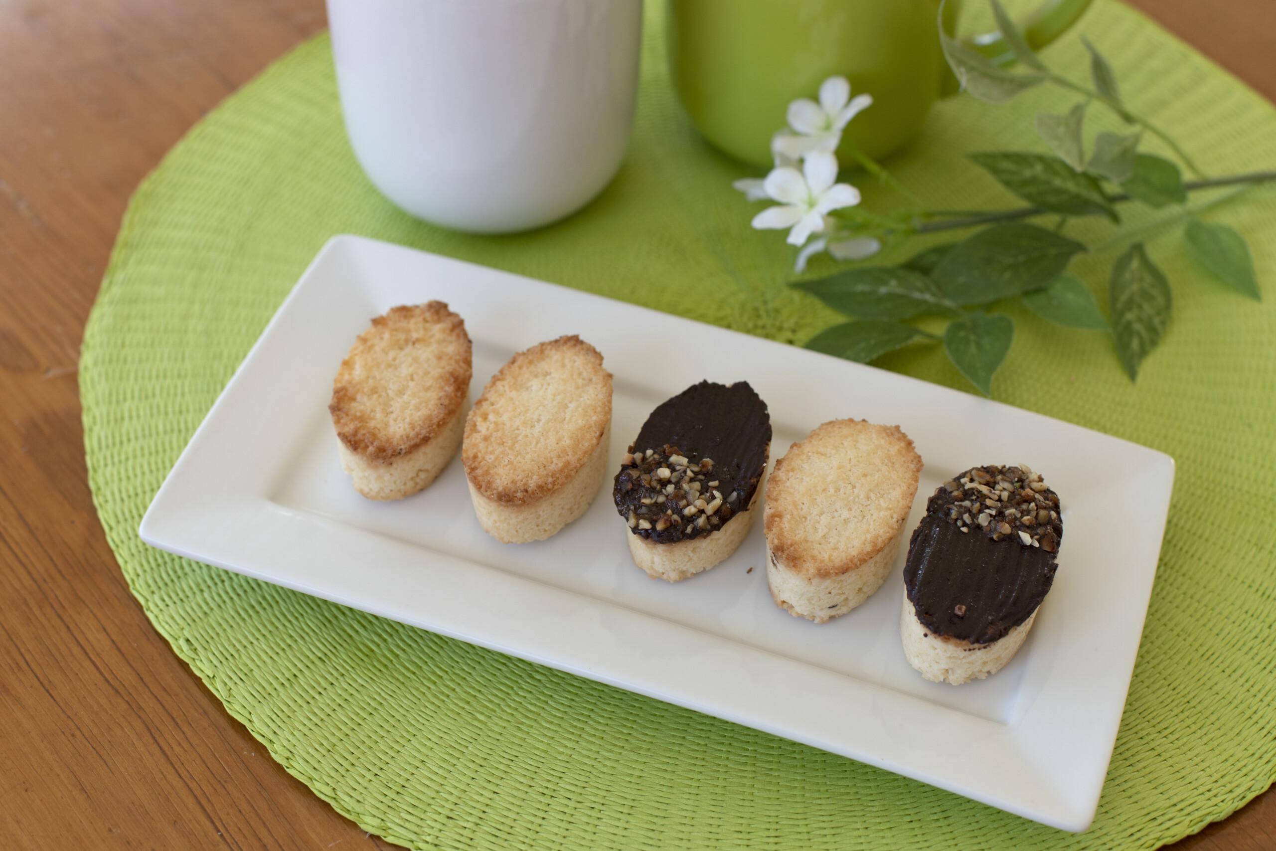 Biscotti ovali al cocco